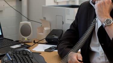 Les patrons d'entreprises de moins de 20 salariés se sont payé moins de 4.000 euros par mois en 2011.