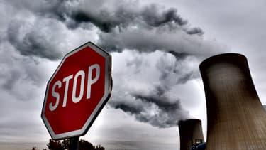 """À l'occasion de la 4e conférence environnementale du quinquennat, François Hollande a annoncé la mise en place de """"green bonds"""" en France."""