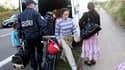 Un campement illicite de Roms a été évacué mardi matin à Villeneuve d'Ascq, dans la banlieue de Lille, sur un terrain appartenant à la communauté urbaine (photo). Une quarantaine de Roms ont également été délogés par la police d'un entrepôt désaffecté qu'