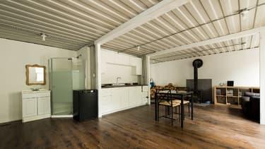 """Les différents espaces intérieurs de cette """"cabane écolo"""" ont été définis par son propriétaire."""