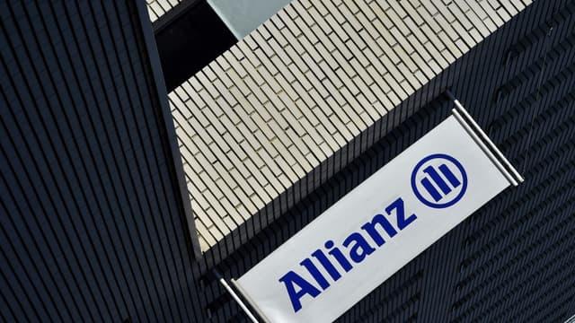 """Allianz commence à """"vraiment réfléchir"""" à de """"nouveaux produits"""" pour compenser un environnement de taux bas."""