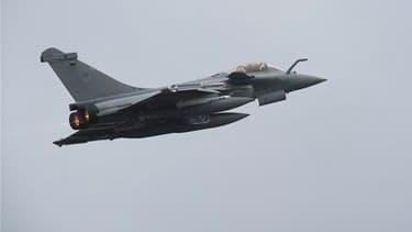 Un Rafale français a détruit au sol un avion libyen