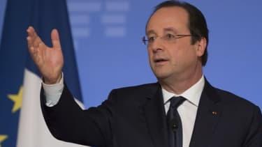 """François Hollande veut aider """"la France de tenir son rang dans la compétition scientifique et économique"""""""