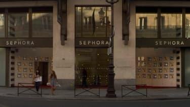 Le magasin Sephora des Champs-Elysées pourra continuer à ouvrir le soir après 21 heures