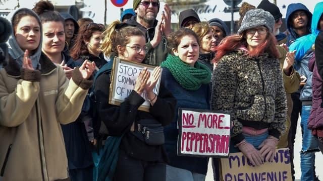 Mobilisation d'associations d'aide aux migrants à Calais, le 31 mars 2019