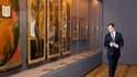 """Dmitri Medvedev (photo) et Nicolas Sarkozy ont inauguré mardi l'exposition """"Sainte Russie"""", au Louvre, qui réunit pour la première fois des oeuvres et objets en provenance de 25 musées ou autres lieux de Russie. /Photo prise le 2 mars 2010/REUTERS/Jacky N"""