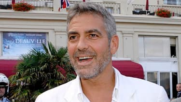 George Clooney défend Sony attaqué pour sa mauvaise gestion