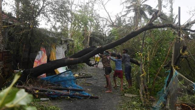 Les dégâts causés par le cyclone Bulbul