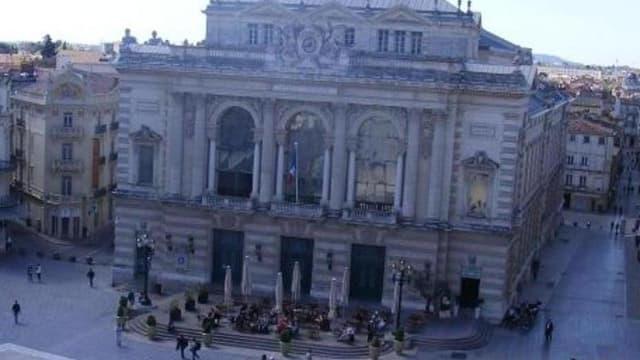 L'opéra de Montpellier et sa vue imprenable sur la place de la Comédie