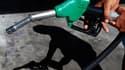 Plusieurs distributeurs ont anticipé lundi les mesures promises par le gouvernement sur le prix des carburants en annonçant des ventes à prix coûtant en septembre ou en profitant de cette actualité pour rappeler leurs offres promotionnelles en cours. /Pho