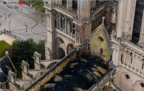 Vue du ciel de la cathédrale Notre-Dame de Paris, ce mardi matin.
