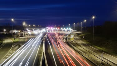 Des déplacements de plus de 100 km majoritairement réalisés en voitures.