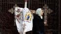 Après la tristesse et le recueillement dans un premier temps, plusieurs milliers de jeunes chrétiens d'Egypte ont laissé éclater leur colère ce week-end, après l'attentat contre une église copte d'Alexandrie qui a fait 21 victimes vendredi.