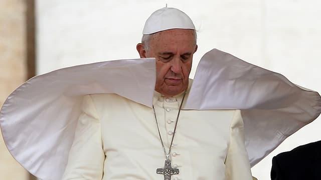 Nicolas Sarkozy reçu par le pape François dans la plus grande discrétion - Lundi 21 mars 2016