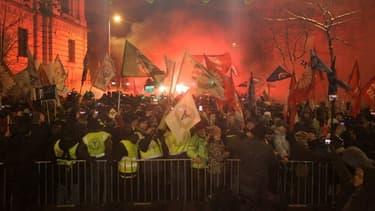 Plusieurs milliers de personnes ont manifesté à l'appel de l'opposition et des syndicats pour protester contre la politique du Premier ministre Viktor Orban.