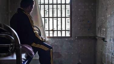 Un détenu dans sa cellule de la prison des Baumettes, à Marseille, en décembre dernier.