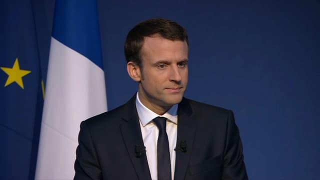 """Afin d'assouplir le fonctionnement des administrations, Emmanuel Macron propose un """"droit à l'erreur pour tous"""" dans les démarches."""