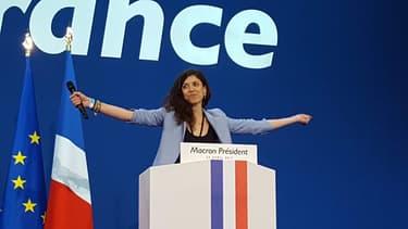 Axelle Tessandier a annoncé le soir du 23 avril l'arrivée d'Emmanuel Macron, à la tribune, à la porte de Versailles, pour son premier discours de candidat qualifié pour le 2ème tour de l'élection présidentielle.