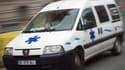 Les secours ont transporté le patient à l'hôpital, où il est décédé.