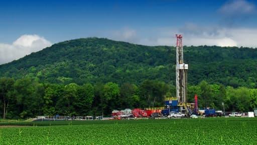 Les exploitations de gaz de schiste sont légions aux Etats-Unis, mais interdites en France.