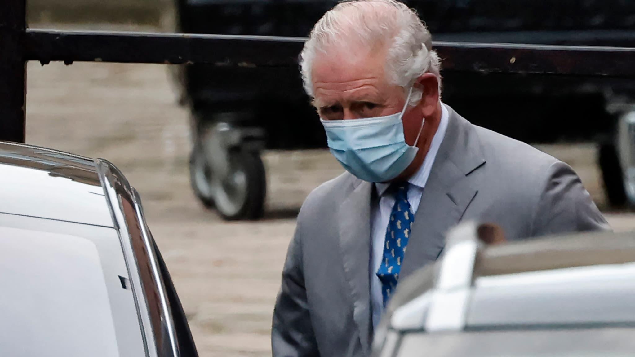 Le prince Charles rend visite à son père le prince Philip, hospitalisé - BFMTV