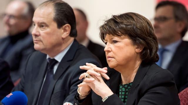Jean-Christophe Cambadélis et Martine Aubry en conférence de presse à Lille le 23 janvier 2015.