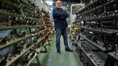 Didier Cauquil, patron d'une société qui fabrique des pièces détachées pour Airbus dans les allées de son usine, le 5 juin 2020 à Mondouzil (sud)