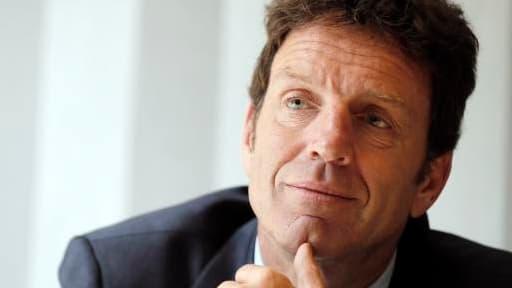 """Geoffroy Roux de Bézieux a également jugé qu""""il n'y a pas de chiffre magique"""" sur le nombre d'opérateurs télécom en France."""