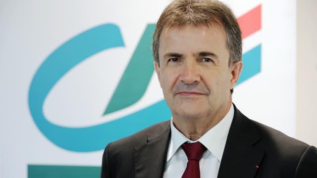 """""""L'arrivée d'Orange sur un marché déjà très fourni constitue un cran supplémentaire d'intensité concurrentielle qu'il va nous falloir affronter"""" explique Philippe Brassac, directeur général de Crédit Agricole SA."""