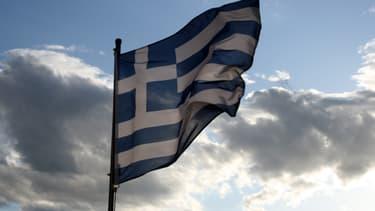 Le Parlement grec durcit le régime fiscal