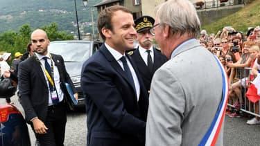 Le président de la République sur la route du Tour de France.