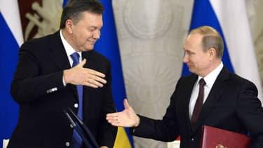 Le président ukrainien Viktor Ianoukovitch et son homologue russe Vladimir Poutine le 17 décembre dernier.