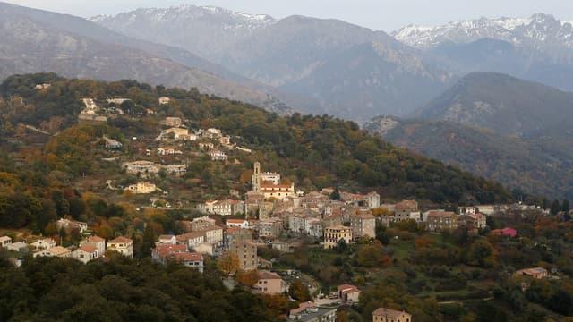 Le village de Vico en Corse.