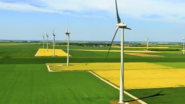 Projection virtuelle d'un projet d'implantation de parc éolien conçu par Theolia (image d'illustration)