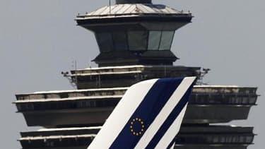 Chez Air France, des centaines d'annulation sur les courts et moyens courriers. Si vous êtes concernés, vous avez normalement déjà été prévenu.