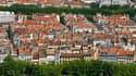 La baisse des taux des crédits accordés pour l'achat d'un logement, amorcée en novembre 2008, s'est encore poursuivie au cours des quatre premiers mois de 2010, selon le dernier rapport de l'observatoire du financement des marchés résidentiels du Crédit L