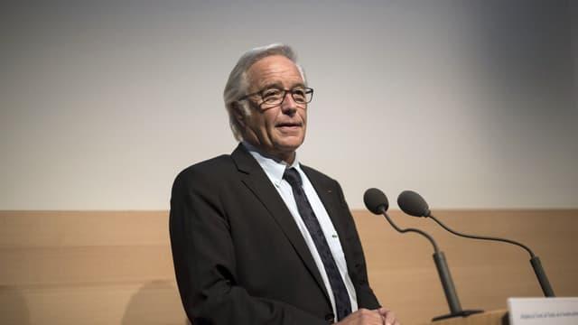 Le ministre du Travail François Rebsamen veut poursuivre la politique de lutte contre le chômage, notamment via la création d'emplois aidés.
