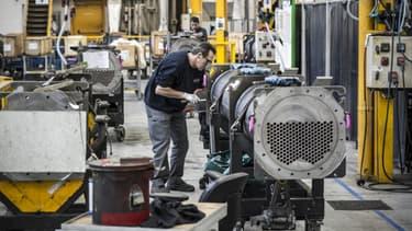 La France peut faire croître les revenus de son industrie, à condition de poursuivre les mesures engagées depuis 2012, estiment les patrons français.