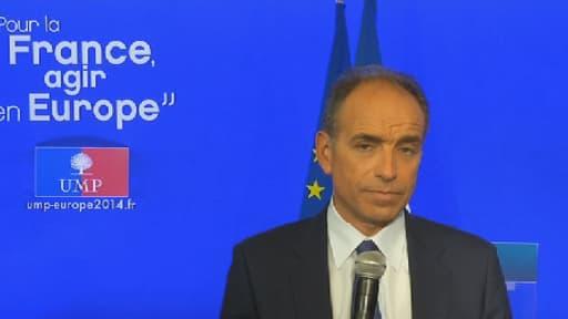 """Jean-François Copé a jugé dimanche que Manuel Valls était """"en profond décalage"""" avec ce qu'ont exprimé les Français dans ce scrutin européen."""