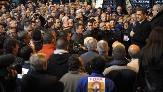 Le tribunal de commerce de Nanterre a attribué jeudi la reprise de la Fonderie du Poitou-Aluminium (FDPA) d'Ingrandes (Vienne) à l'équipementier automobile lyonnais Saint-Jean Industries, seul candidat en lice, selon une source syndicale. Nicolas Sarkozy