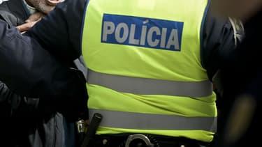 (image d'illustration) Les services de secours portugais ont précisé qu'une personne restait portée disparue.