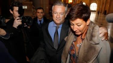 Jean-Marie Messier avec son avocat Pascal Wilhelm et sa compagne lors du procès en première instance