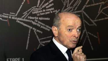 Jacques Toubon au Mémorial du camp des Milles le 23 octobre 2014 à Aix-en-Provence