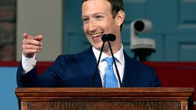 Mark Zuckerberg a été convoqué par une commission parlementaire britannique.