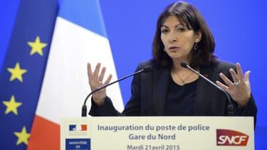Anne Hidalgo appelle Jean-Paul Huchon à soutenir Claude Bartolone
