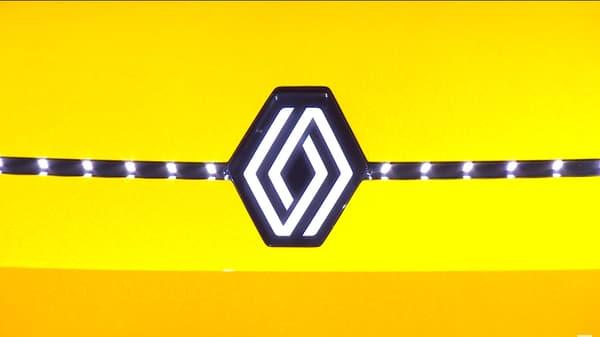Un nouveau logo sur cette R5
