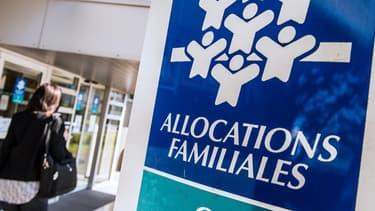 La CAF lui verse 3.100 euros par erreur pendant onze mois avant de lui annoncer qu'elle doit tout renverser.