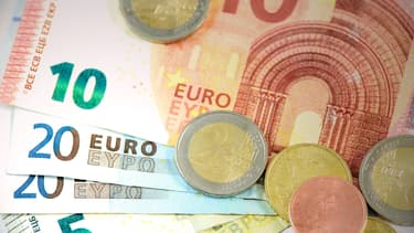 Seuls 28% souhaitent un retour au franc, un taux qui représente un point bas.