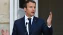 """Emmanuel Macron estime que le peuple polonais """"mérite mieux""""."""