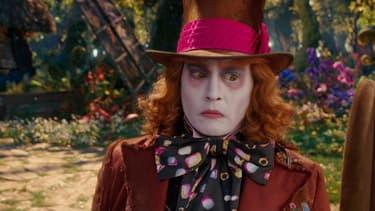 """Johnny Depp dans """"Alice de l'autre côté du miroir""""."""